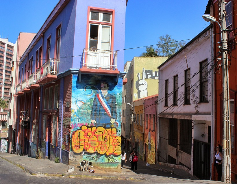 street art and graffiti in valparaiso in chile, tags and throws, public space take over