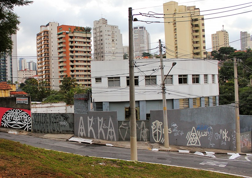 mind blowing pixaçao in sao paulo, graffiti and street art as public space take over in brazil